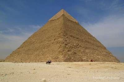 Pyramids-of-Giza-Egypt-20