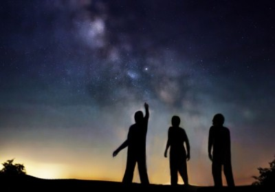 people looking at stars
