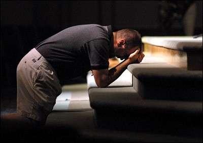 Man-Praying.2e03cec0a0