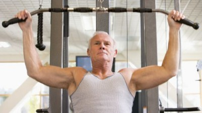 oldman.at.the.gym