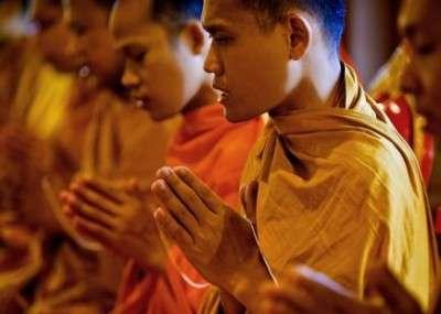 monks meditation