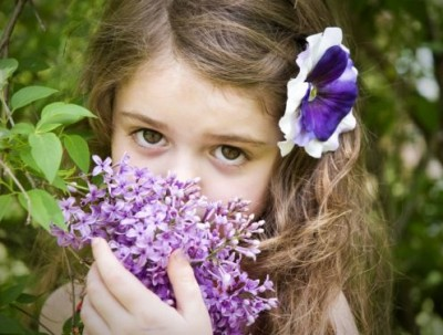 bimba.con.i.fiori