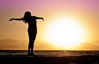 Scopri il sole e l'estate dentro di te