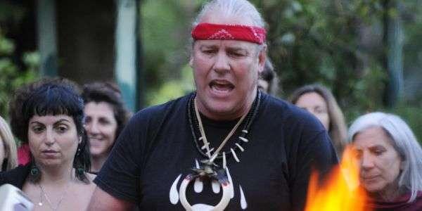Carlos Sauer, il curandero