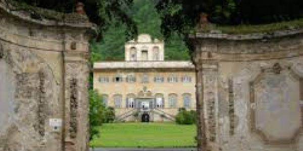 Viaggio nei castelli abitati. Dai fantasmi