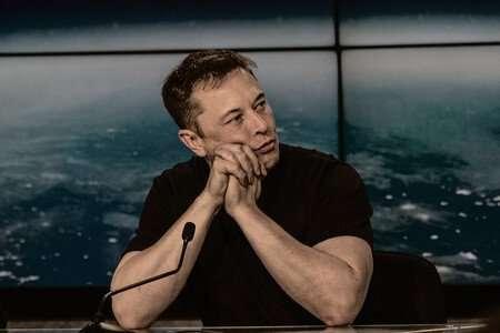 Elon Musk, l'uomo che progetta il futuro